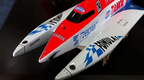 Electric Rc Tunnel Hull Boats by Rc Brushless Electric F1 Formula 1 Powerboat Tamoil Tunnel