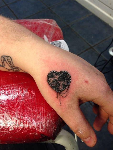 Lace Heart Tattoo By Dan Ball  Tatttoos ) Pinterest