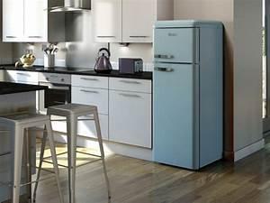 Roter Retro Kühlschrank : retro k hlschrank bringt stimmung und zauber in die k che mit ~ Markanthonyermac.com Haus und Dekorationen