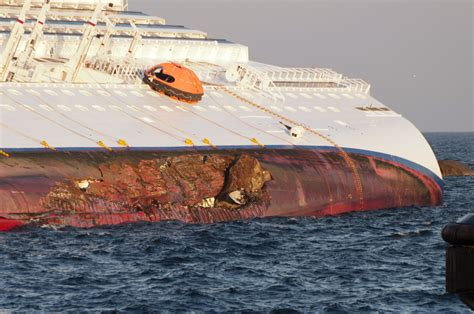 FileCollision Of Costa Concordia DSC4191.jpg - Wikipedia