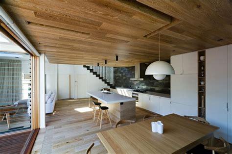 moderne inneneinrichtung aus holz  einem open house