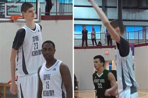 giant teen basketball player destroys tiny opponents