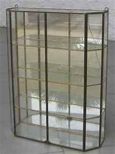 Petite Vitrine En Verre : 1000 images about vitrine en verre on pinterest ~ Dailycaller-alerts.com Idées de Décoration