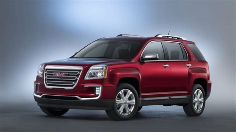 gm debuting   crossovers  detroit top speed