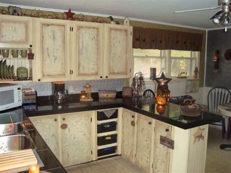 primitive kitchen backsplash ideas 25 best ideas about primitive kitchen cabinets on
