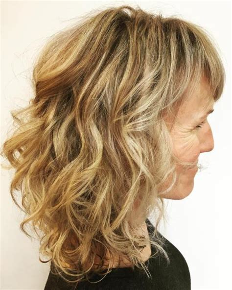 Medium Length Hairstyles For In Their 50s by 80 Best Hairstyles For 50 To Look Younger In 2019