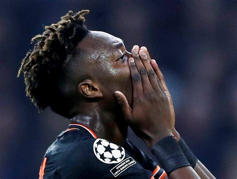 Alan Shearer counsels Tammy Abraham post Leicester City tie