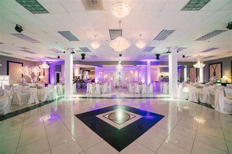 chandelier banquet hall wedding  las vegas las vegas