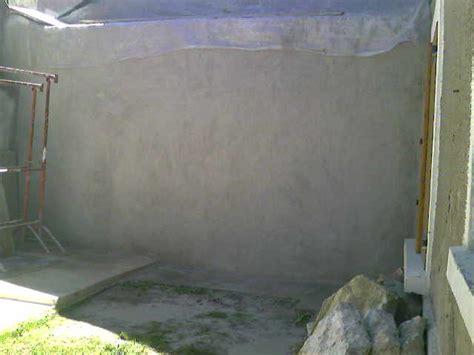 enduit sur un mur exterieur