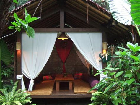 kampung daun natural restaurant photo