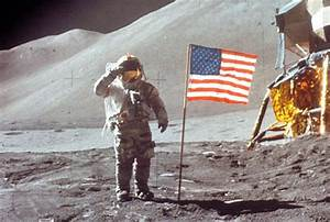 MOON LANDINGS 'FAKE': What Stanley Kubrick's family say ...