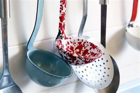 metal utensils  ceramic cookware    options