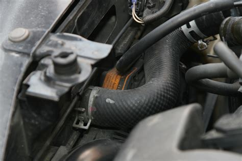 replace  leaking radiator hose  steps