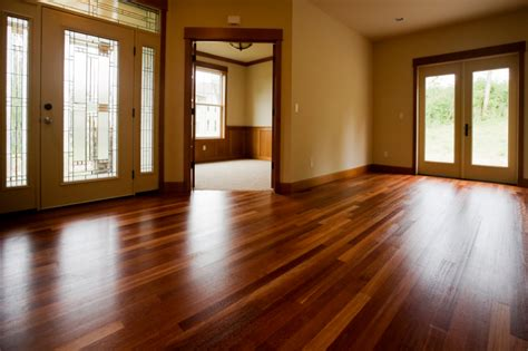 wood  floors    apartments