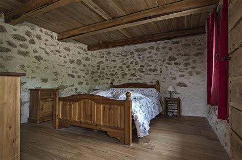 chambres d hotes paca chambres d 39 hôtes fontaine neuve à cruis accueil