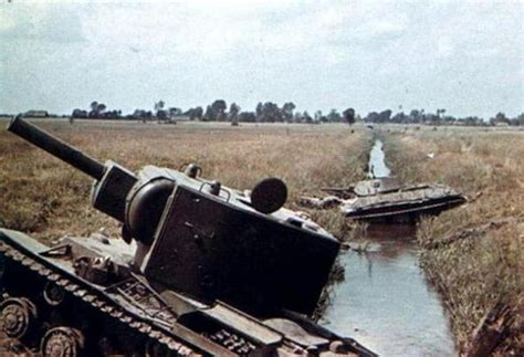 kv  soviet russian tanks abandoned  destroyed page