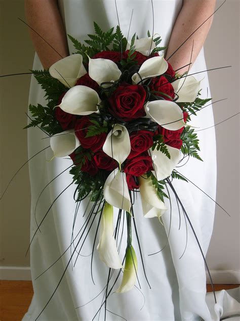 Premium Flowers The Cascade Wedding Bouquet