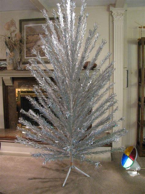 evergleam aluminum trees sale 7 ft evergleam aluminum tree w revolving
