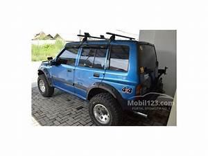 Jual Mobil Suzuki Vitara 1993 1 6 Di Jawa Barat Manual Suv Biru Rp 82 000 000