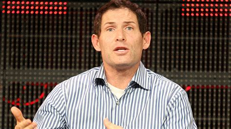 Steve Young Issues Emotional Plea After Cousin