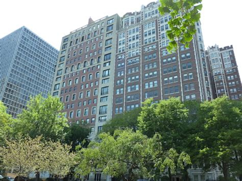 Apartments In Lakeview Chicago Craigslist by 2440 N Lakeview Co Op Apartments For Sale Chicago
