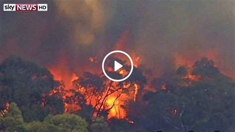 Worst bushfires since deadly Ash Wednesday blazing in ...