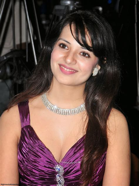 Saloni Hot HD Wallpapers - HIGH RESOLUTION PICTURES