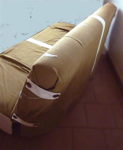 comment faire une housse pour canapé 17 meilleures idées à propos de housse clic clac sur