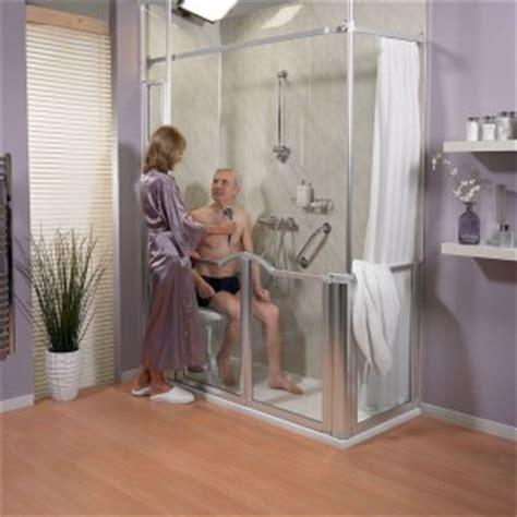 siege baignoire personne agee aménager une salle de bains pour les personnes âgées le