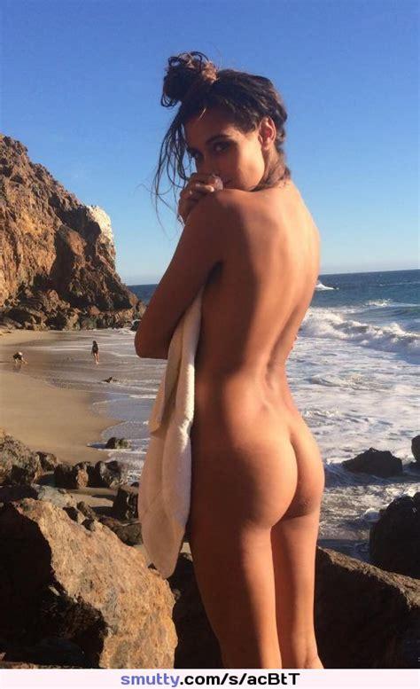 outdoors nude demure greatass teasing whatareyouwaitingfor greatbody