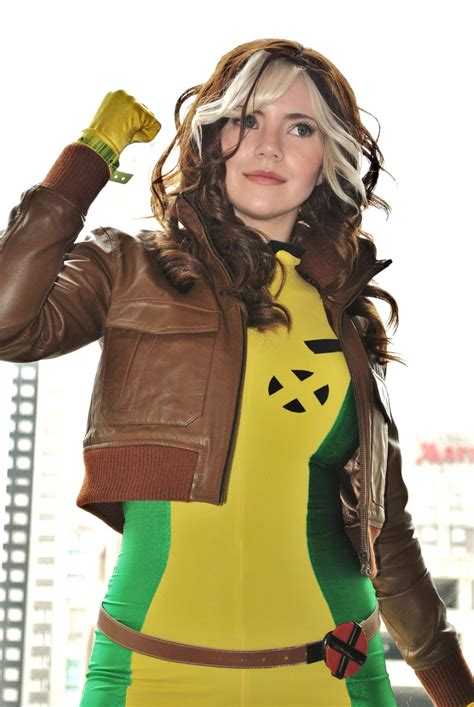 rogue cosplay anna rouge costume paquin marvel collection xmen geektyrant rogues hair cosplays geek suit costumes superhero aside xd omg