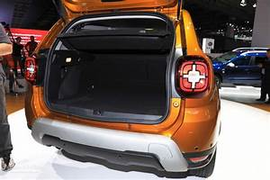 Dacia Duster Innenraum : 2017 dacia duster pickup rendering looks like the small ~ Kayakingforconservation.com Haus und Dekorationen