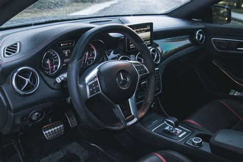 With the amg steering wheel buttons on the amg performance steering wheel the driver has perfect control of the multimedia system with instrument cluster at their fingertips at all times. Quick Spin: 2014 Mercedes-Benz CLA45 AMG Edition 1 | Canadian Auto Review