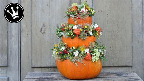 Herbst Deko Garten Selber Machen by K 252 Rbispyramide Selber Machen Mit Naturmaterialien