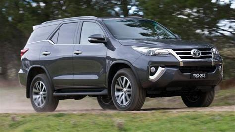Toyota Fortuner Wallpaper by Toyota Fortuner Hd Wallpaper 49 Pictures