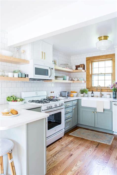 Small Kitchen Remodel Ideas On A Budget Akomunncom