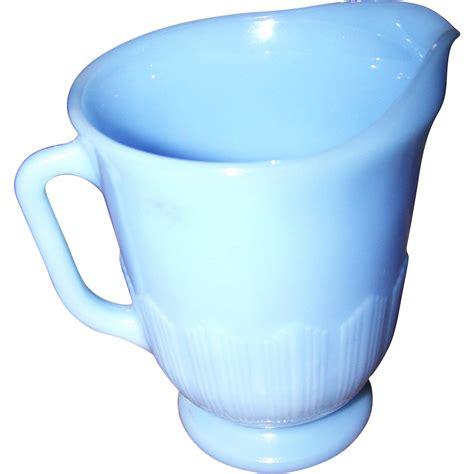 milk pitcher 1259 blue collectible vintage blue delphite glass milk pitcher pyrex