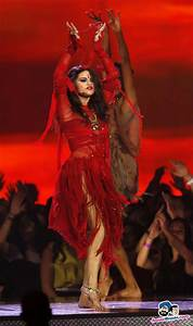 Selena Gomez performs 'Come and Get It' at the 2013 MTV ...