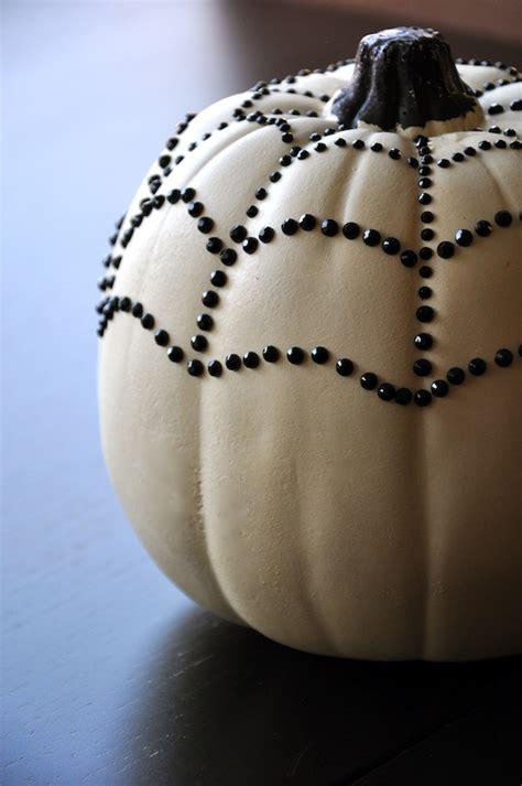 33 elegant white halloween decor ideas interior god