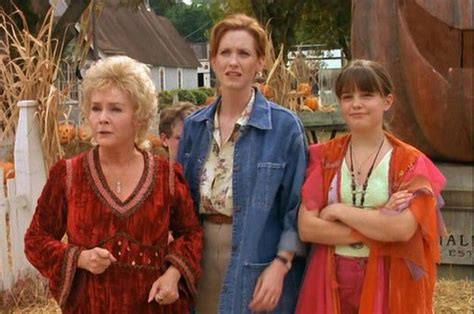 Cast Of Halloweentown 2 what it was like to visit the real life quot halloweentown