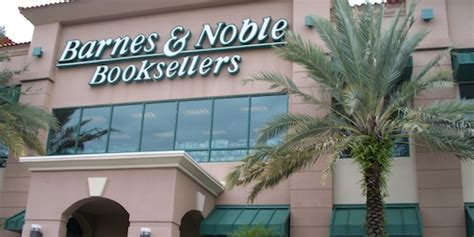 barnes and noble naples book stores in naples