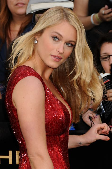 Leven Rambin The Hunger Games Los Angeles Premiere Photo Celebrity Photo Gallery