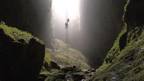 neuseeland höhle der glühwürmchen neuseeland spektakul 228 re h 246 hlen tour in den waitomo caves