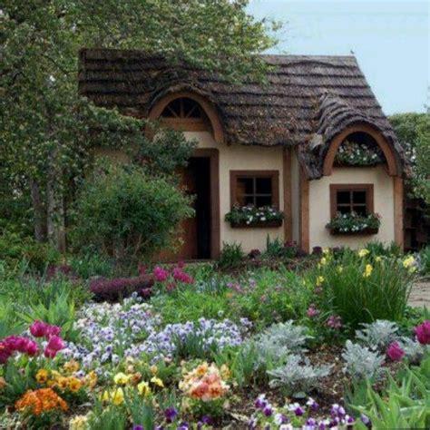 cozy house cozy cottage cozy cottage cottages wicked wantings pinterest