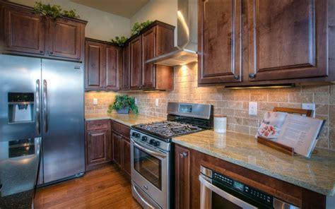 painted kitchen backsplash 79 best granite tops images on kitchen ideas 1379