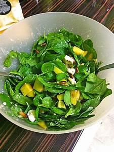 Spinat Als Salat : mango spinat salat mit feta k se und ger steten pinienkernen von sanna404 ~ Orissabook.com Haus und Dekorationen