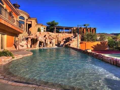 mansion   water park   backyard neatorama