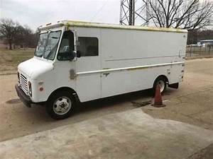 Chevrolet Grumman P30  1986    Van    Box Trucks