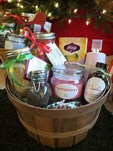 Homemade Gift Baskets on Pinterest