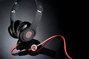 Apple confirms acquisition of Dr Dre's Beats for $3 ...